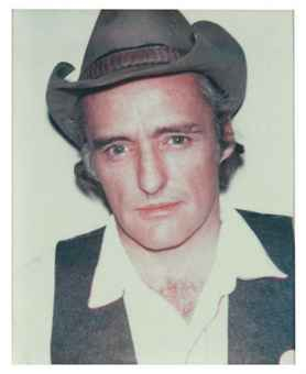 122910-dennis-hopper-auction-05