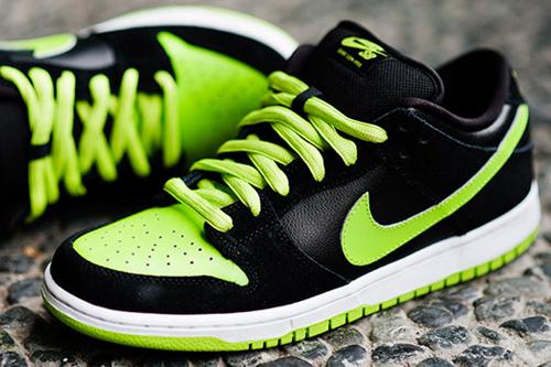 Nike-sb-sneakers-neon