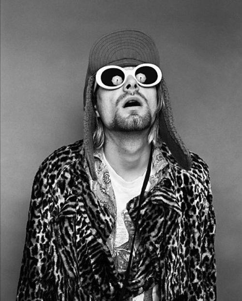 Kurt-cobain-jesse-frohman-morrison-hotel-gallery-10